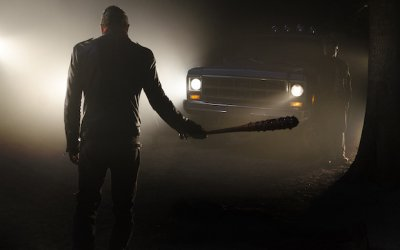 the-walking-dead-season-7-episode-1-jeffrey-dean-morgan-lucille1-400x250.jpg